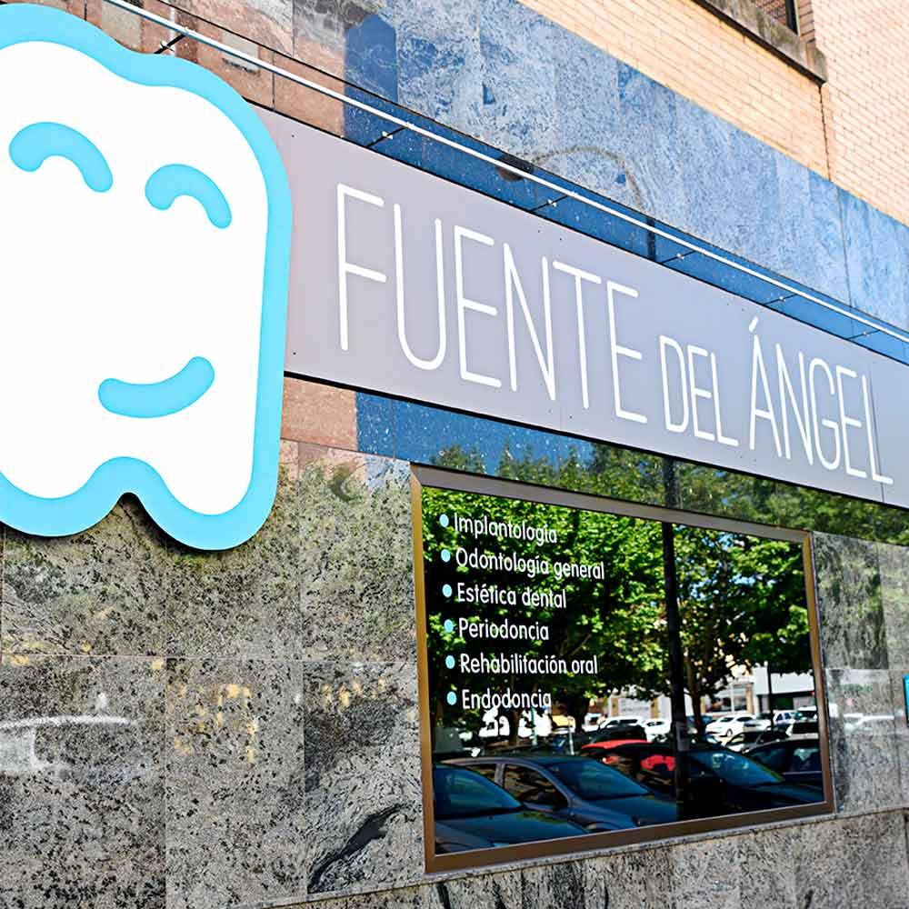 Fachada Fuente del Ángel