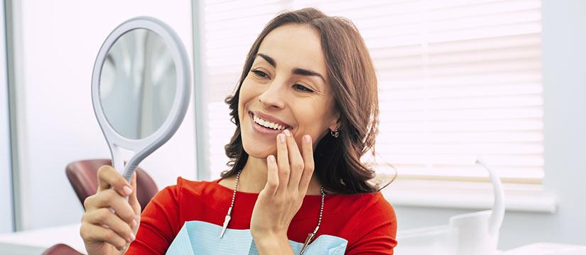 Sonreír con implantes dentales