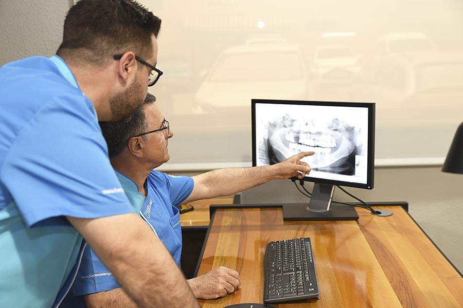 Implantes inmediatos Huesca